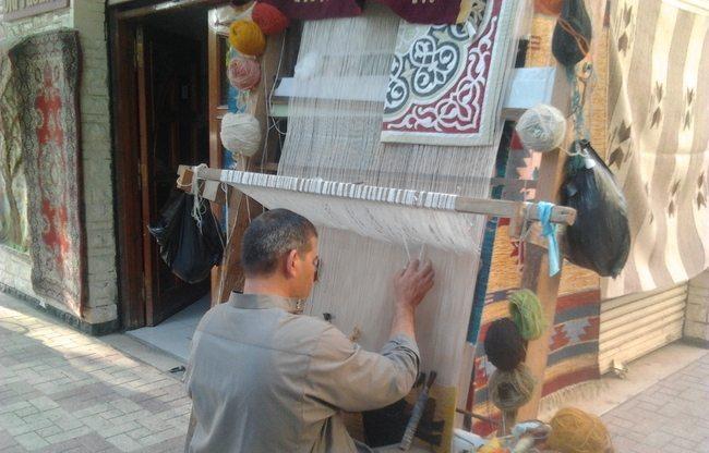 egypt-carpet-maker